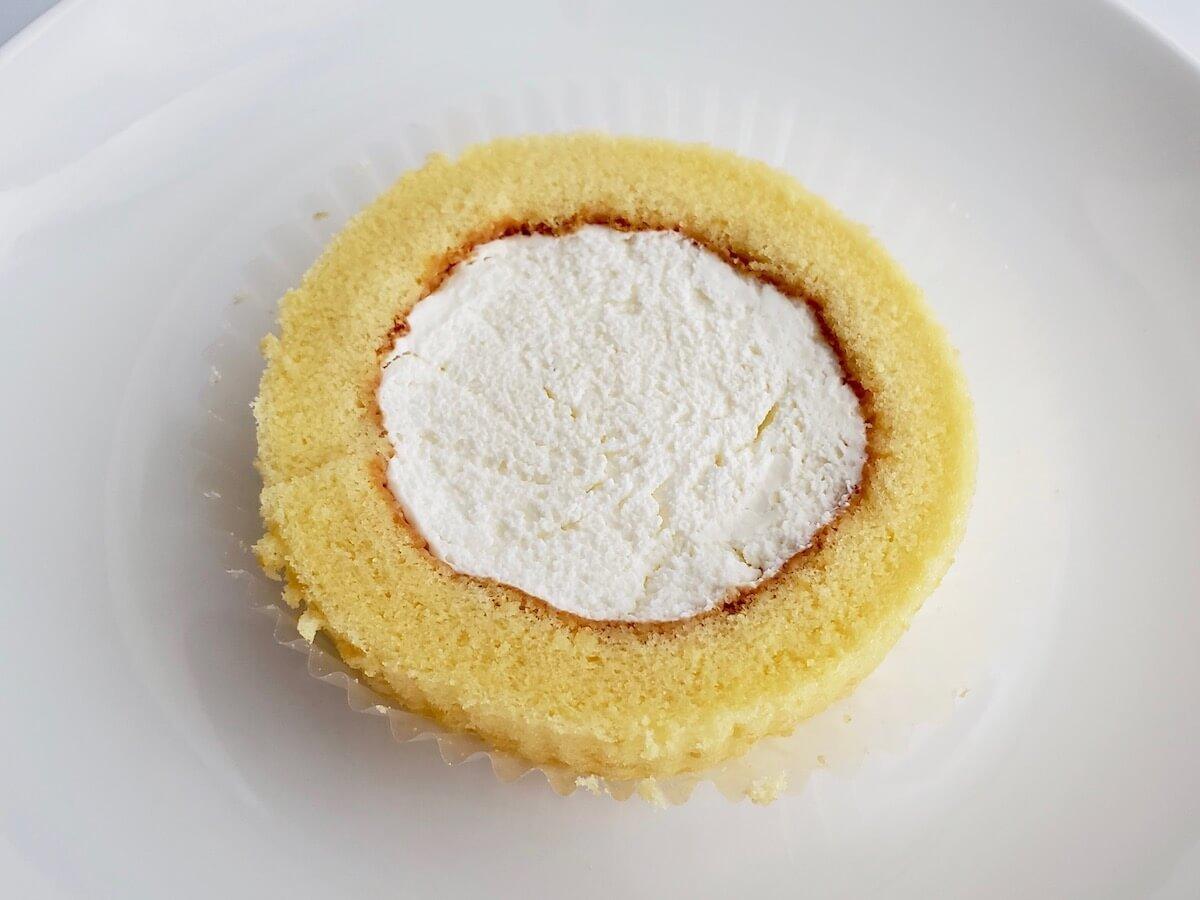 コンビニスイーツのロールケーキ