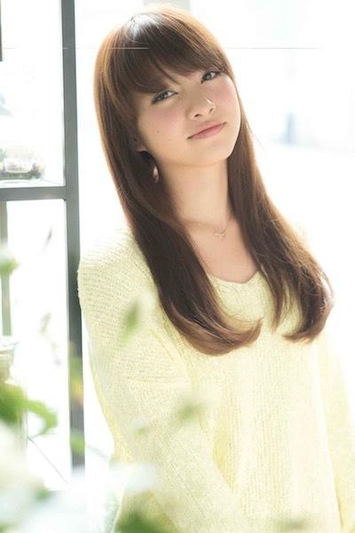 □40代の髪型:ロングヘア×面長